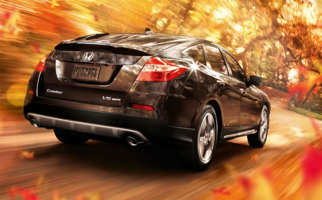 2014-honda-crosstour-exterior-feature-rear1