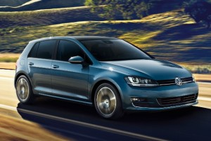 2015 Volkswagen e-Golf vs. 4 Competing Electric Vehicles