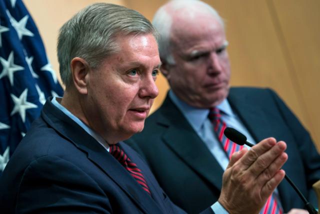 (L) Lyndsey Graham & (R) John McCain