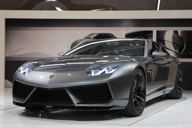 Lamborghini_Estoque