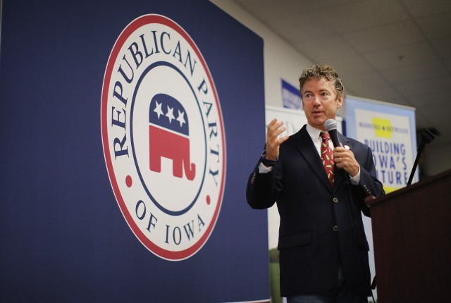 Rand Paul Tours Iowa, Meets With Local Republicans