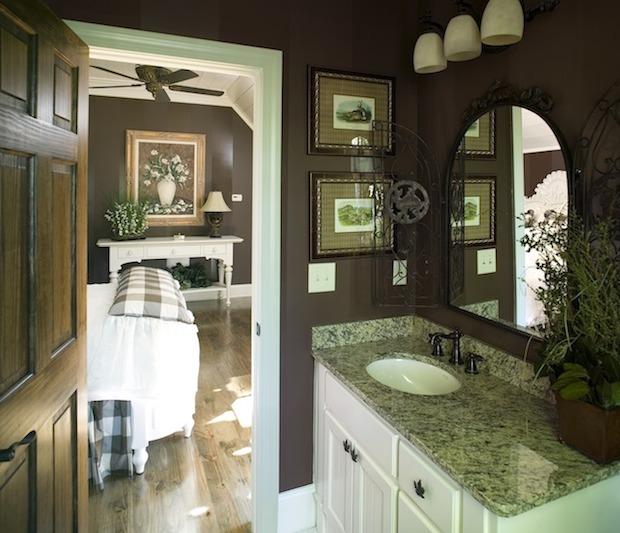Small Bathroom 2
