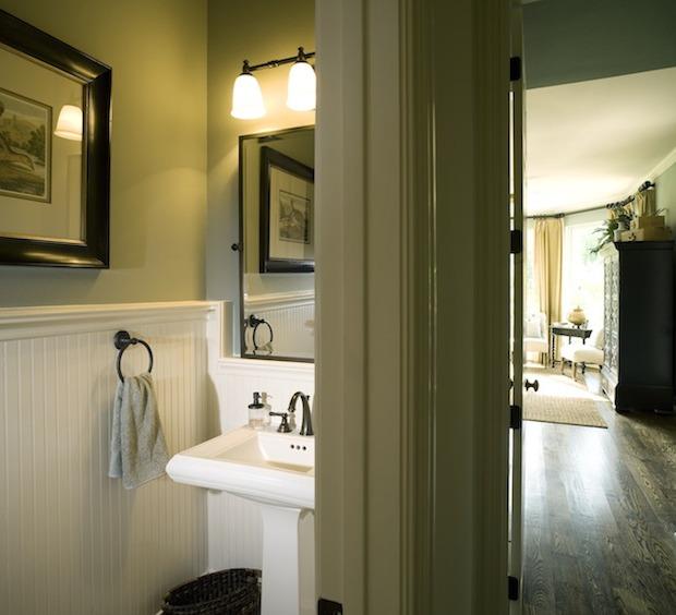 Small Bathroom 3