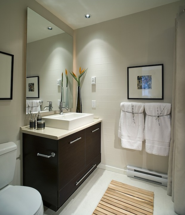 Small Bathroom 7