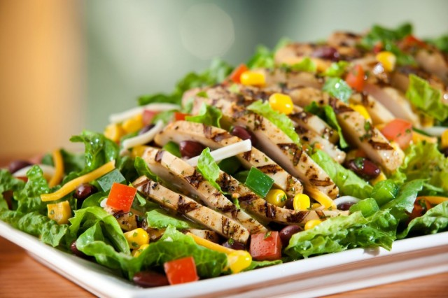 unhealthy restaurant salads