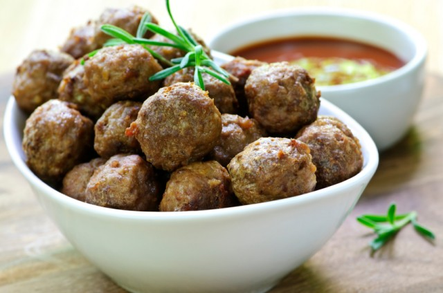 meatballs with sauce
