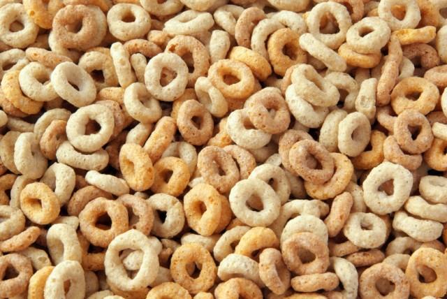 Recipes Using Cheerios to Make Healthy Snacks
