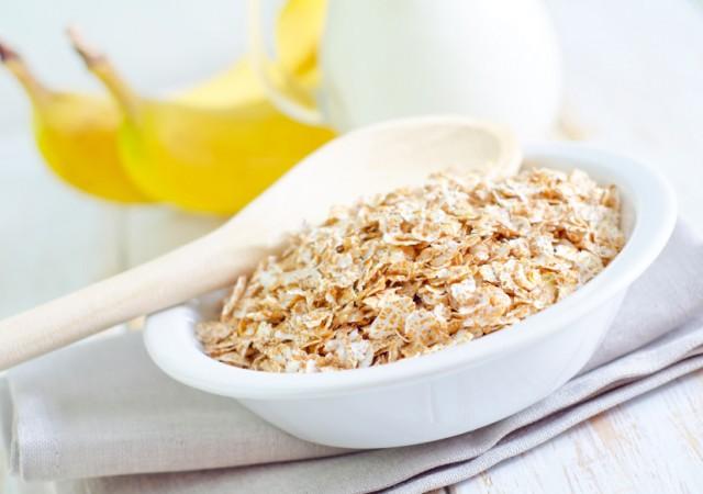 oats, bananas, and milk