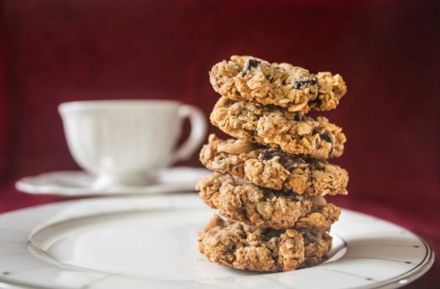 Oatmeal Quinoa Chocolate Breakfast Cookies