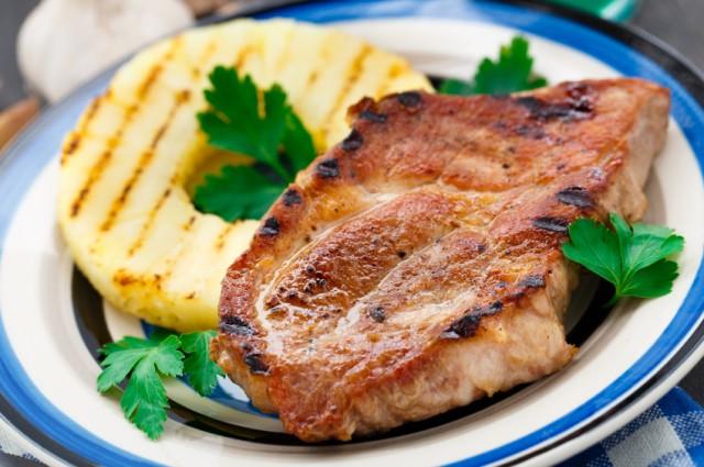 Skinny pineapple teriyaki pork chops