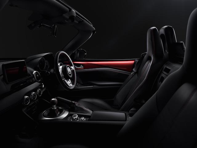 2016+MX-5_interior