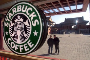 The Healthiest (and Unhealthiest) Starbucks Drinks You Can Order