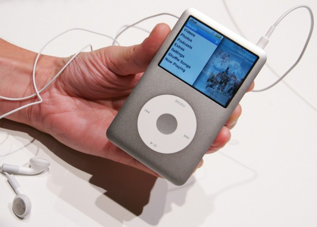 Amid New Product Introductions, Apple Puts iPod Classic Out to Pasture