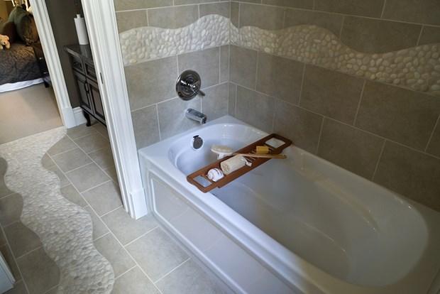 Best Types of Bathtubs Intro