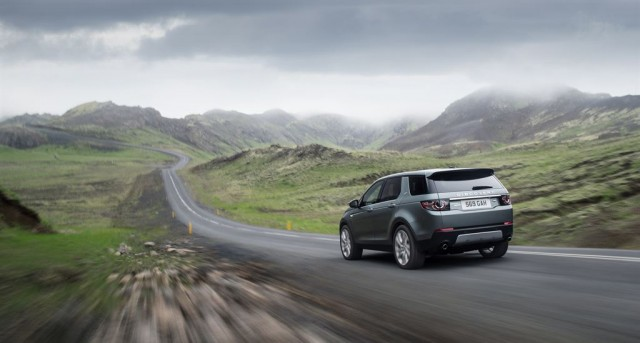 LR_Discovery_Sport_18_LowRes
