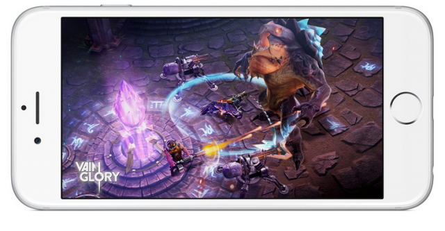 iPhone 6 with Vainglory game