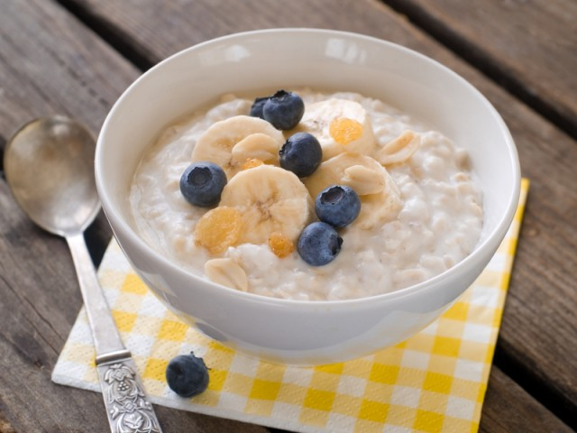 Blueberries and bananas