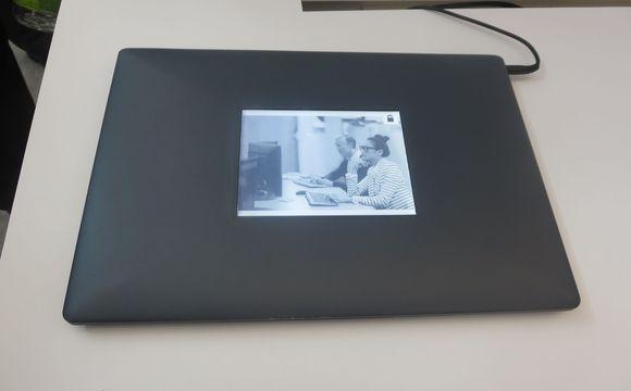 intel-eink-laptop-second-screen