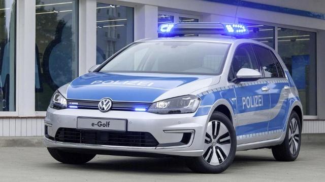 vw cop car (640x360)
