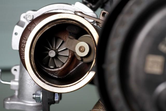 152569_Volvo_Cars_reveals_450_horsepower_High_Performance_Drive_E_Powertrain