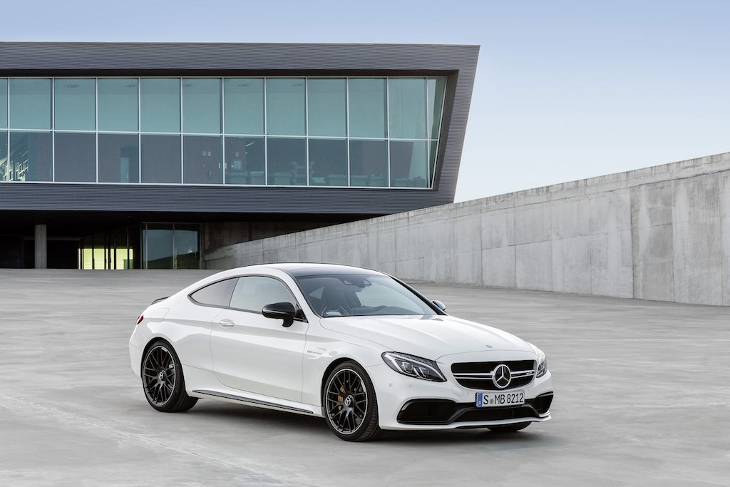 The storm from stuttgart mercedes benz s 18 fastest cars for Mercedes benz hybrid cars