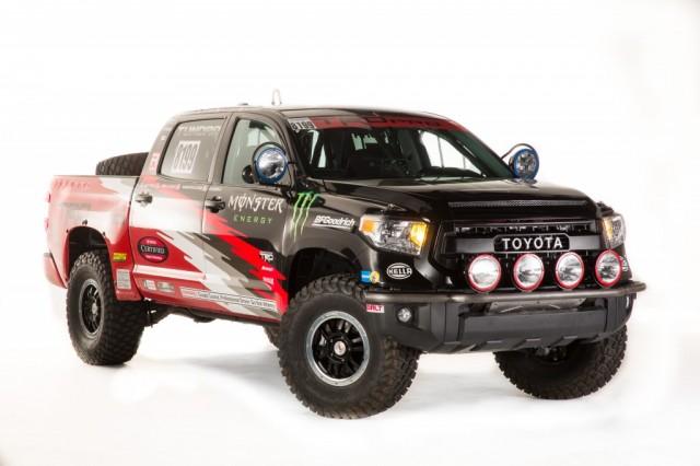 2014_SEMA_2015_Tundra_TRD_Pro_Desert_Race_Truck_011