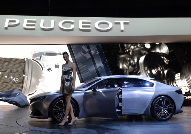 FRANCE-AUTO-SHOW-PEUGEOT