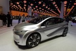 6 Major Electric Vehicle and Hybrid Debuts From Paris