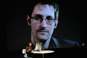 Why Edward Snowden Supports Apple's Stance on Privacy