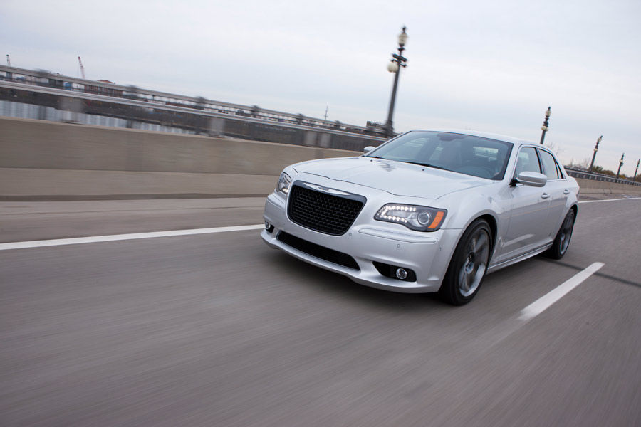 Chrysler_300SRT12US4_0149_0025
