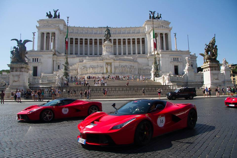 Ferrari LaFerrari in downtown Rome