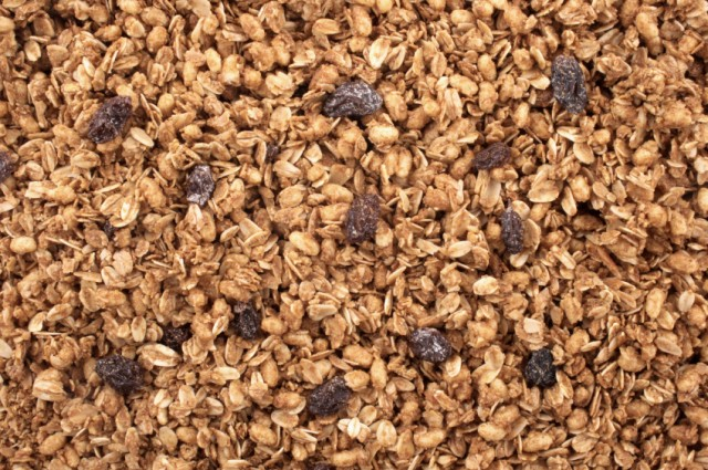 7 granola recipes that find fall s finest crunchy flavors. Black Bedroom Furniture Sets. Home Design Ideas