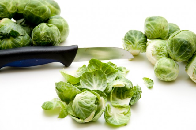 Brussels Sprouts, knife, cutting