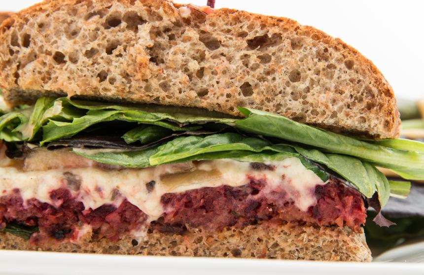 Beet sandwich, veggie burger, lentil