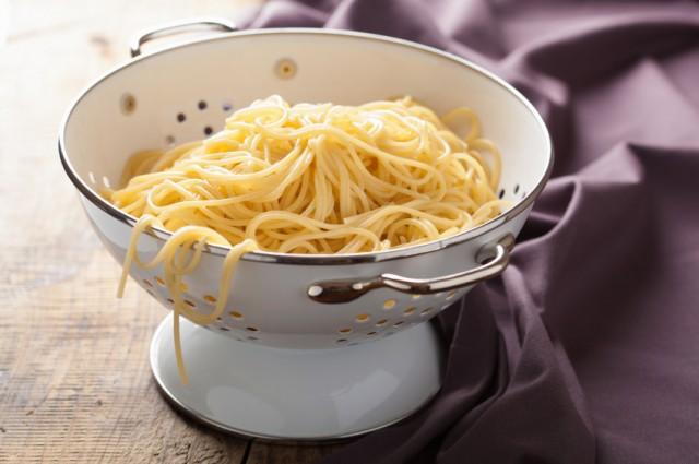 Spaghetti in Colander, noodles, pasta