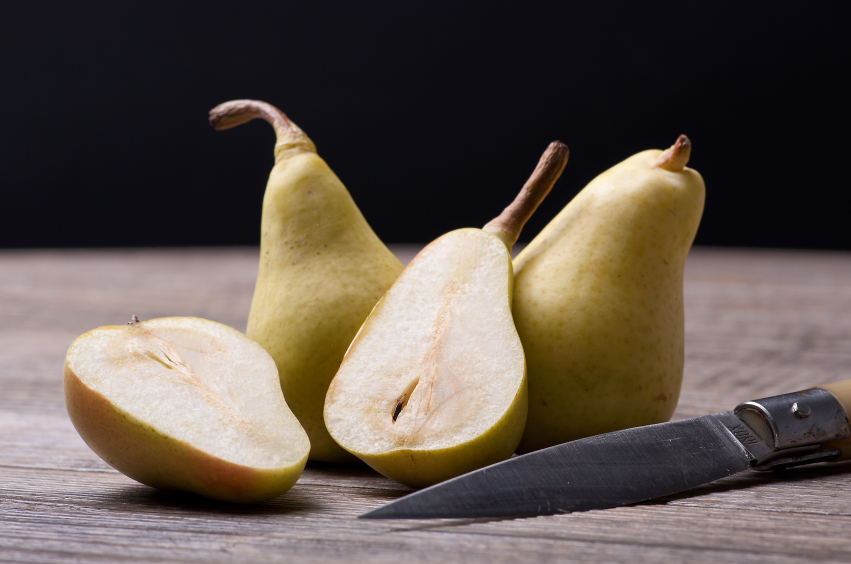 Pears with knife