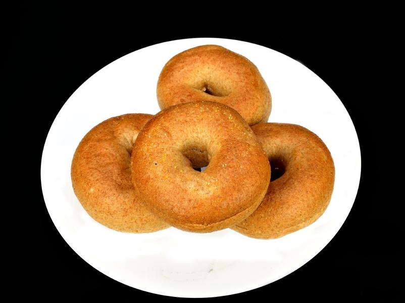 Whole wheat mini bagels