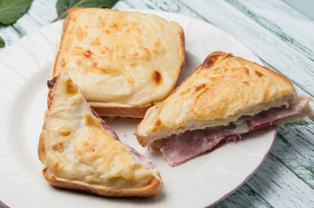 Croque Monsieur, cheese, ham, sandwich