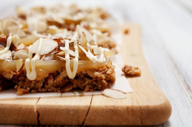 Granola bars, almond, dessert, cookie