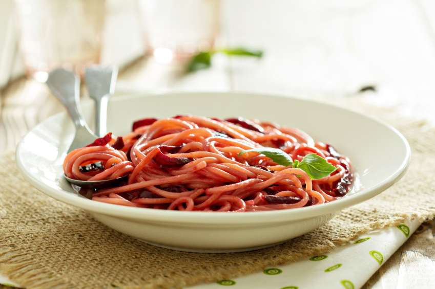 Beet spaghetti, pasta