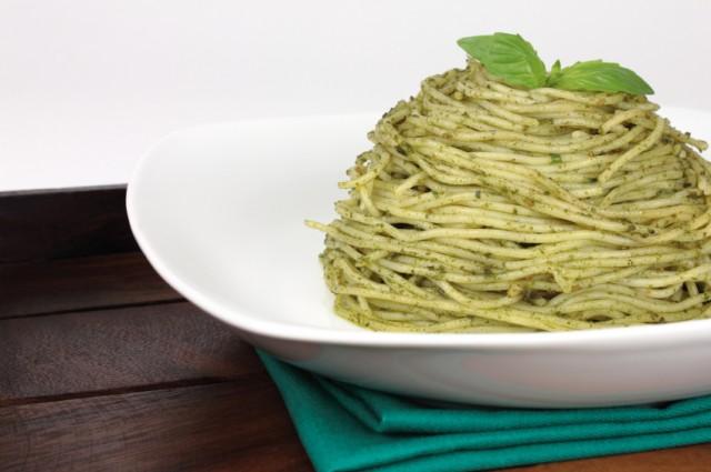 Pesto pasta, noodles, spaghetti