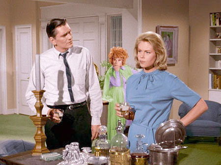 Darrin and Samantha and Endora stand in their living room having a drink.