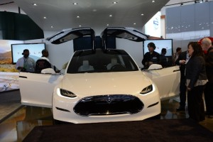 What Is Behind Tesla's Latest Model X Delay?