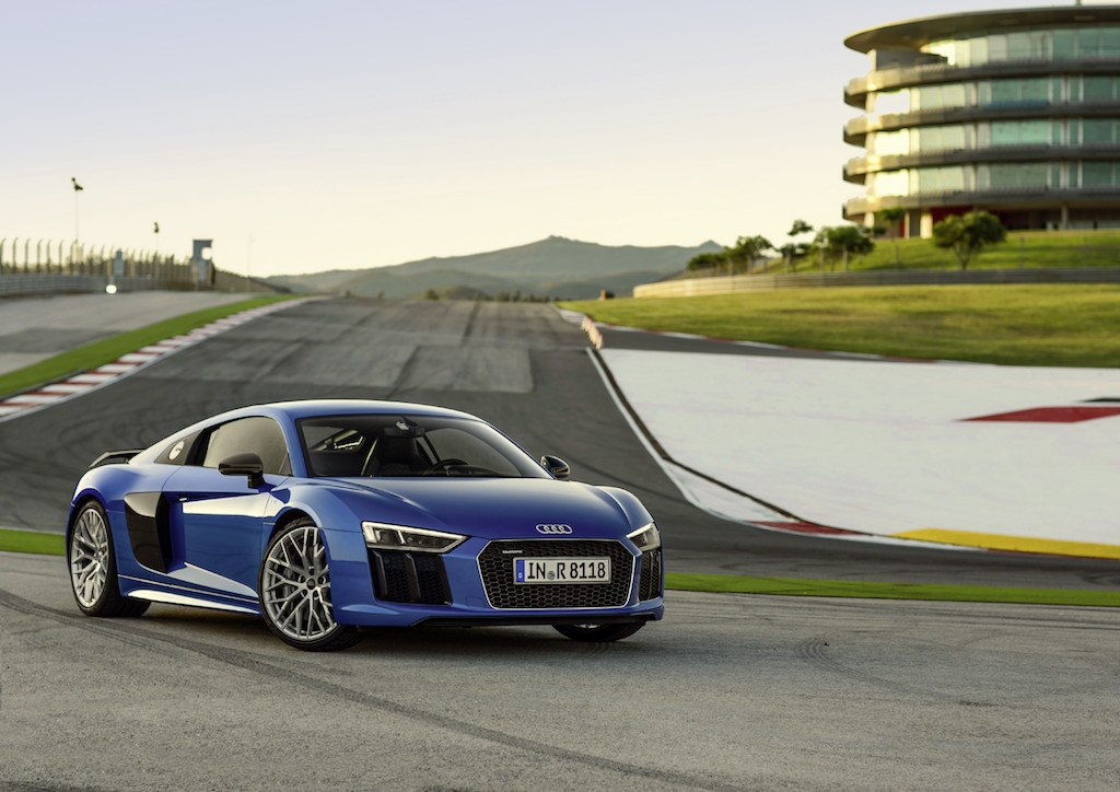 Rings Flying Of The Fastest Audis Ever Produced - Audi r8 quarter mile