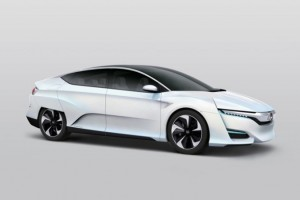 Honda Preps New Fuel Cell Vehicle for World Market Debut