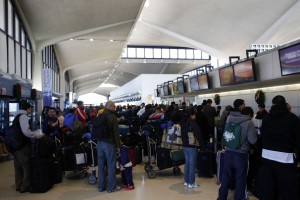 6 American Airports Travelers Should Avoid During the Holidays