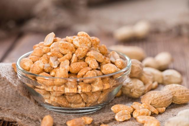 Peanuts (roasted and salted)