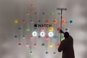 How the Apple Watch Is Changing the Apple Store
