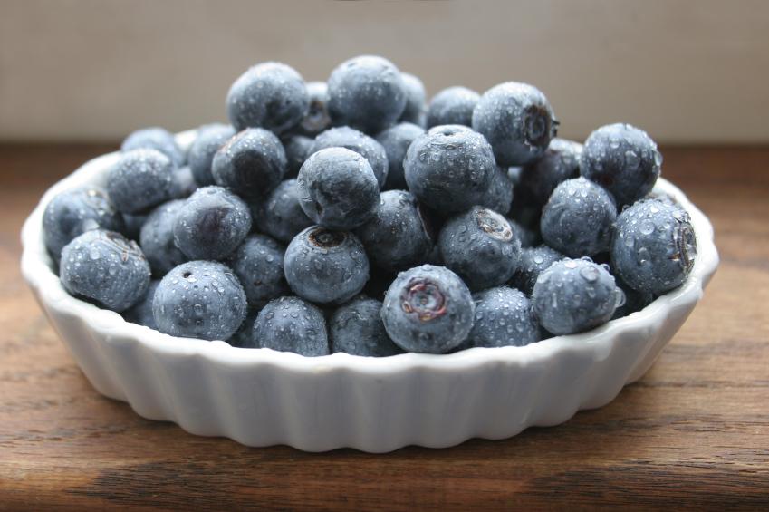 blueberries in a ceramic dish