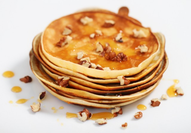 pancakes with walnuts and honey